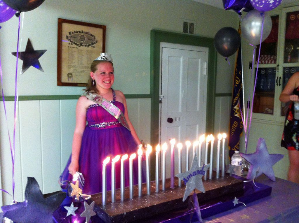 Sweet 16 Candle Lighting