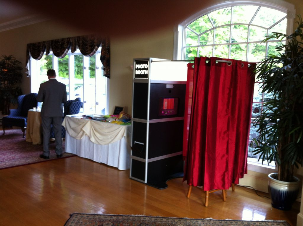 Photo Booth at Candlewood Inn